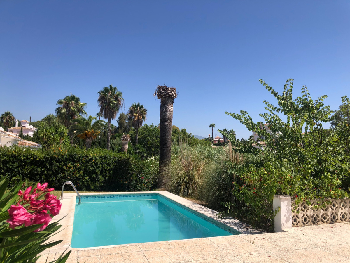 House in Atalaya R3680081 3