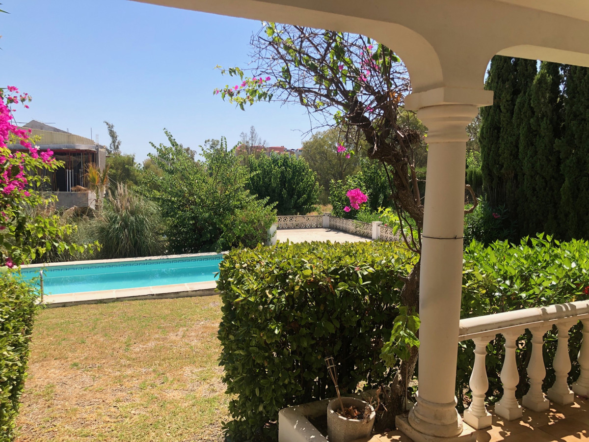 House in Atalaya R3680081 5
