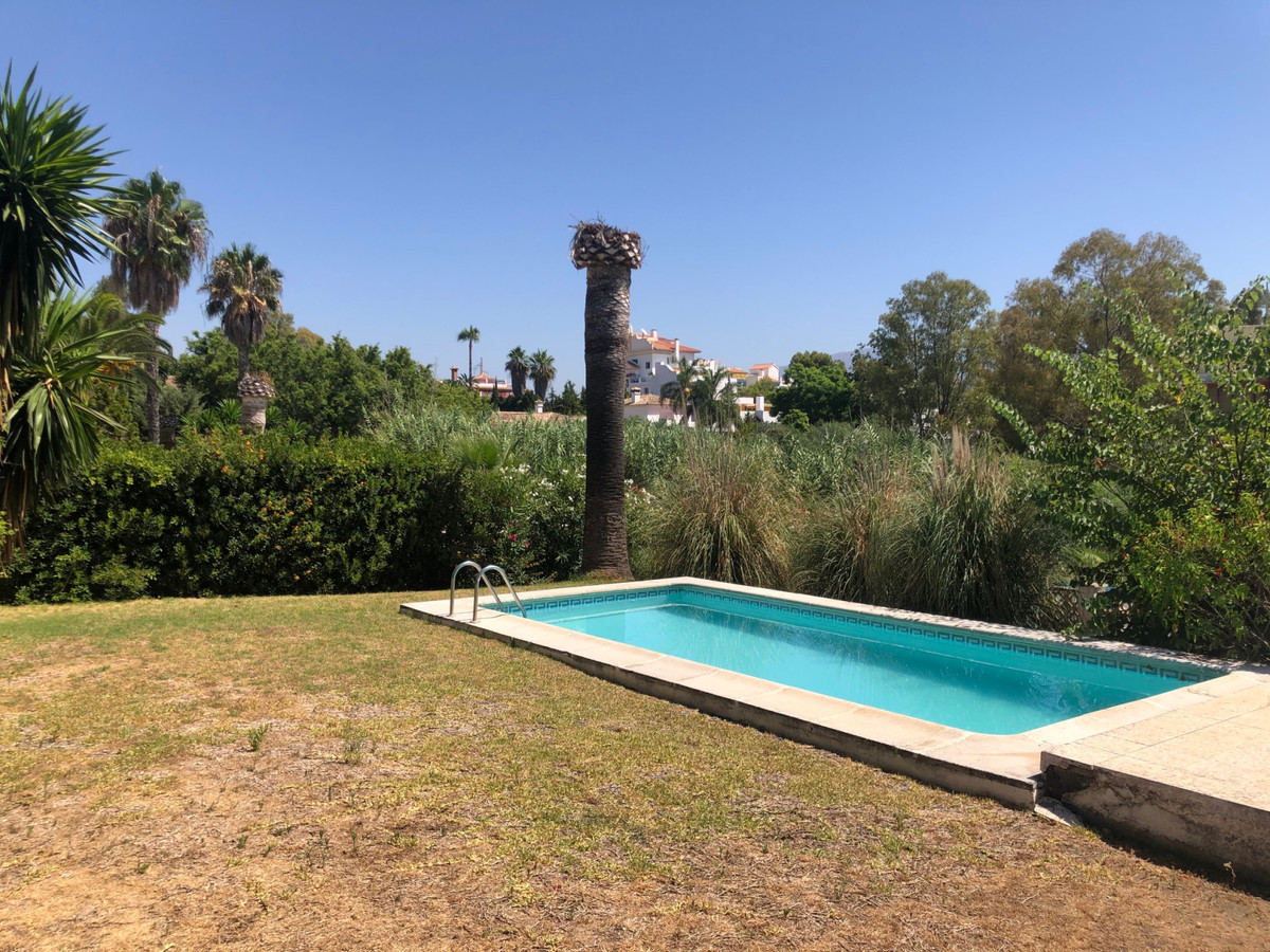 House in Atalaya R3680081 8