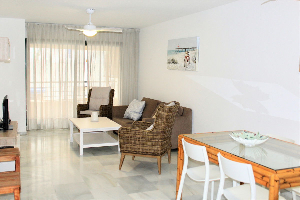 Spacious and bright apartment located in Marbella center, right on Ricardo Soriano street. The apart,Spain