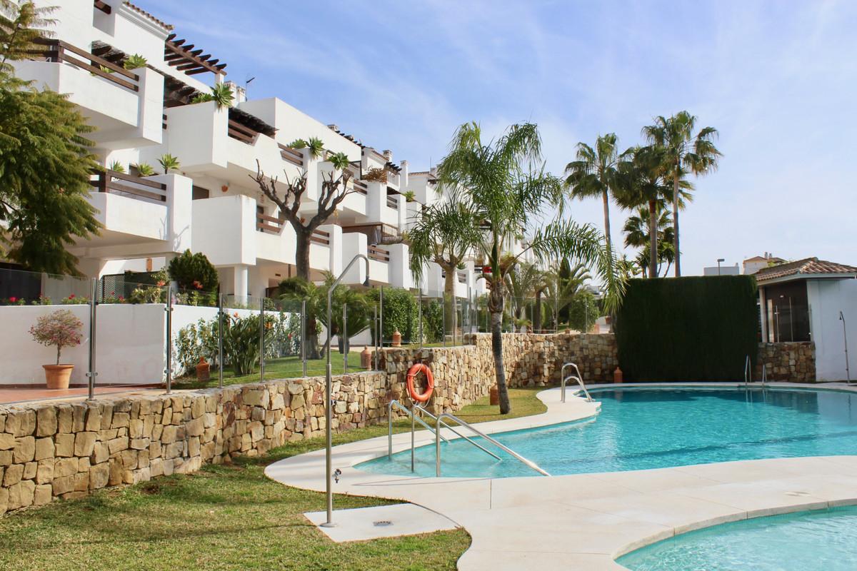Marbella Banus Apartamento en Venta en New Golden Mile – R3629672