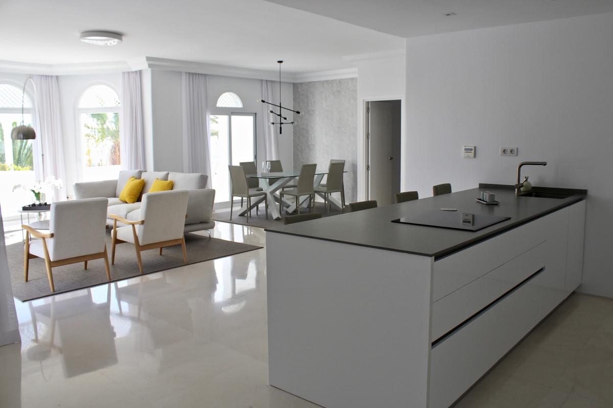 Apartamento con 3 Dormitorios en Venta The Golden Mile