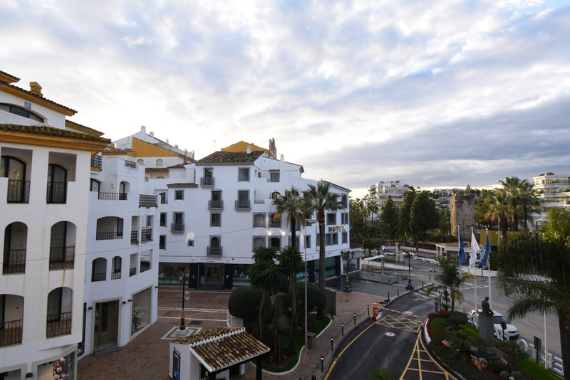 Apartments for sale in Puerto Banus 9