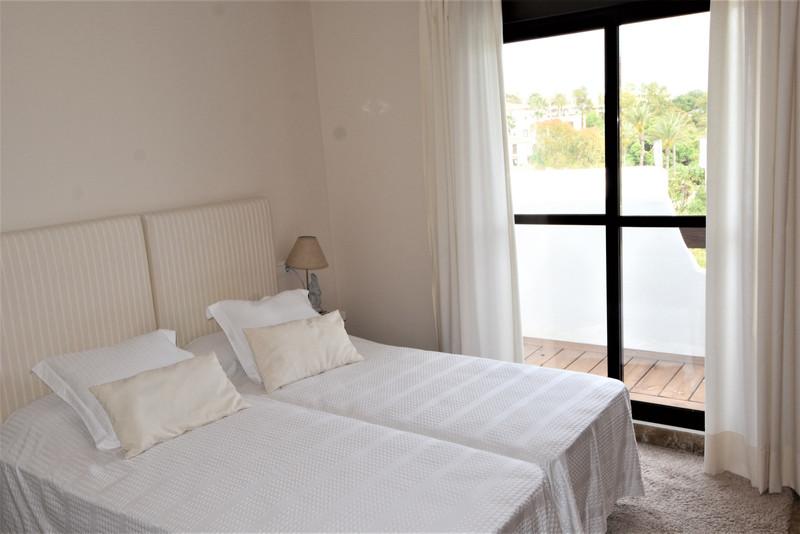 Apartamento Planta Media en venta en Selwo – R3014519