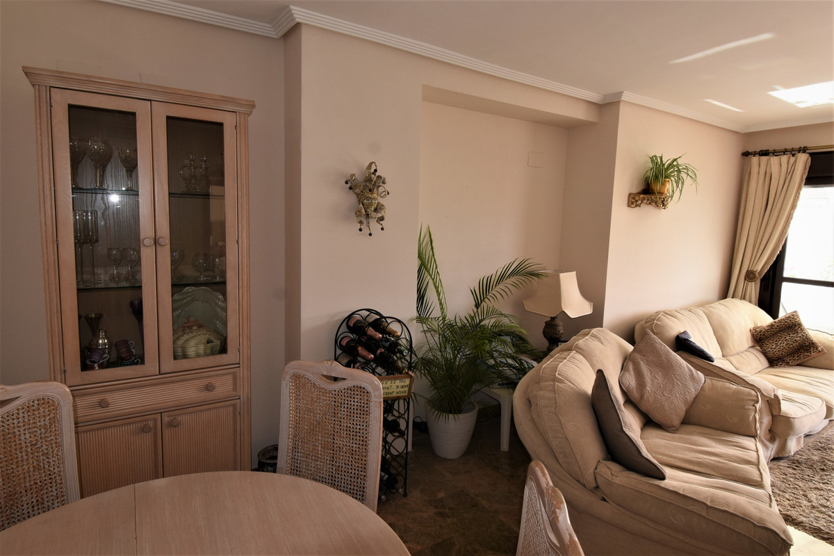 Apartment Middle Floor Selwo Málaga Costa del Sol R3510367 3