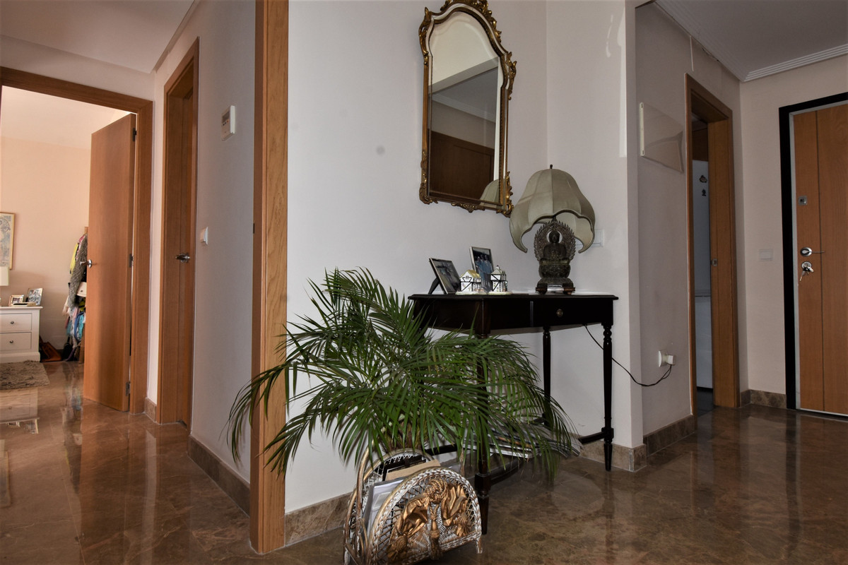 Apartment Middle Floor Selwo Málaga Costa del Sol R3510367 5