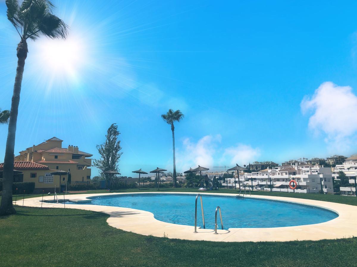 Marbella Banus Apartamento en Venta en Selwo – R3887497