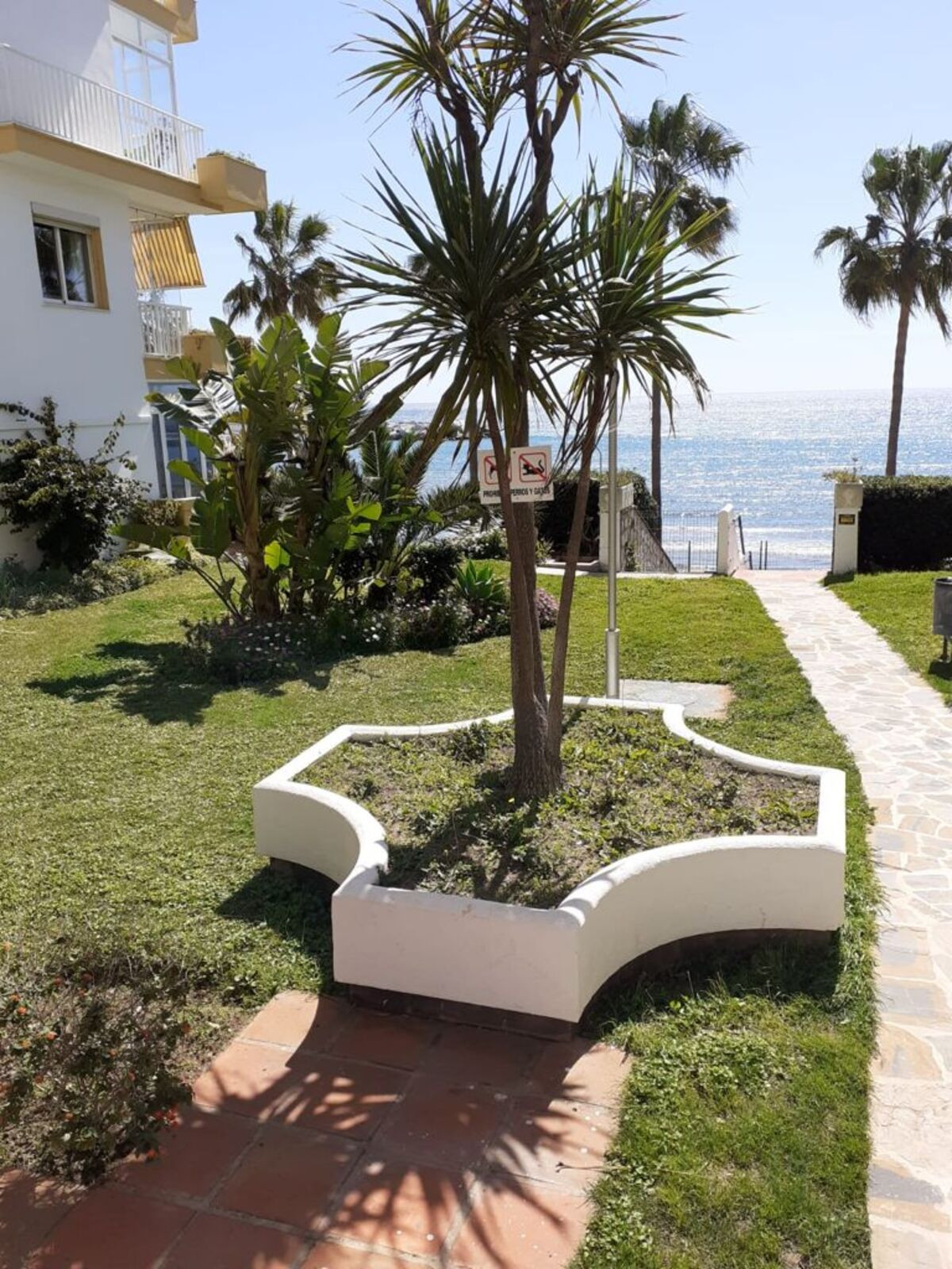 Apartment for Sale in Marbella – R3867214