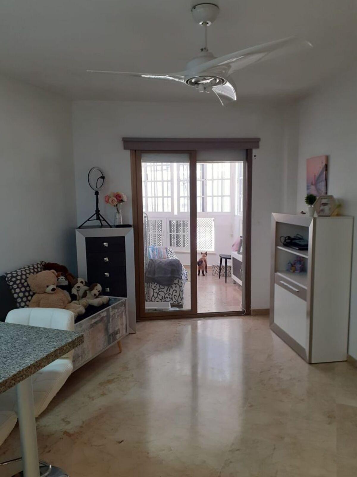 Apartamento en Venta en Marbella – R3867214