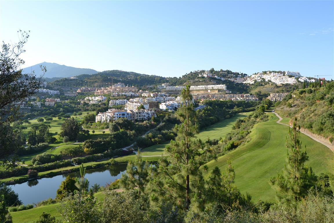 Marbella Banus Apartamento en Venta en Los Arqueros – R3742831