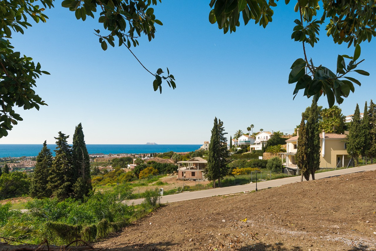 R3135052 | Residential Plot in Benahavís – € 850,000