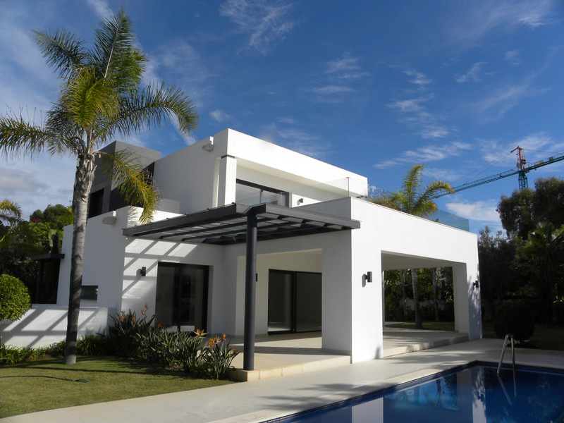 Villas for sale in Estepona (New Golden Mile) 19