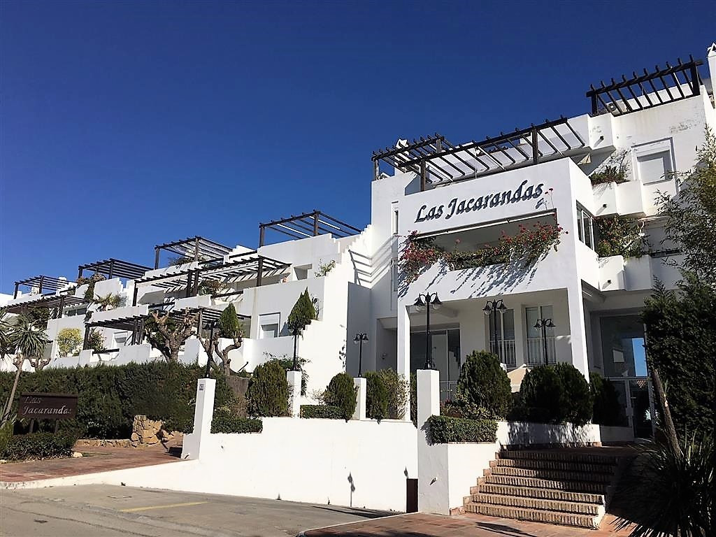 Apartment  Ground Floor for sale   in Bel Air