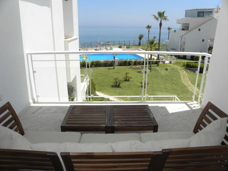 Middle Floor Apartment Casares Playa