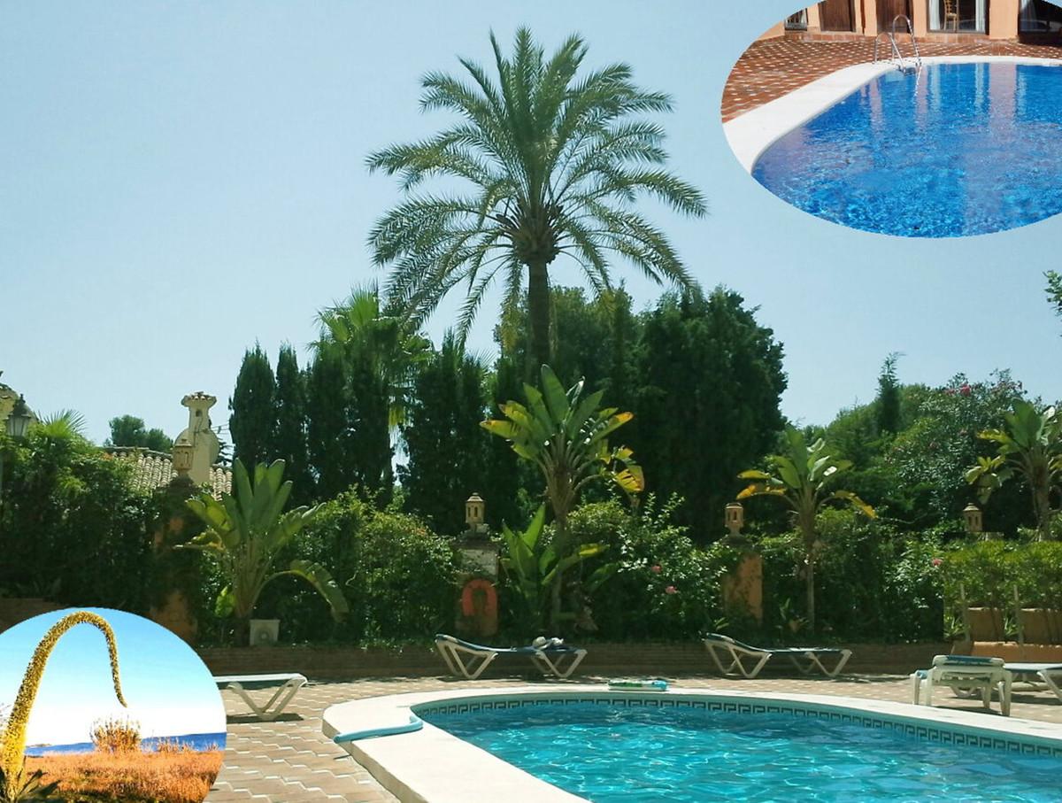 Marbella Banus Ático en Venta en New Golden Mile – R3233989