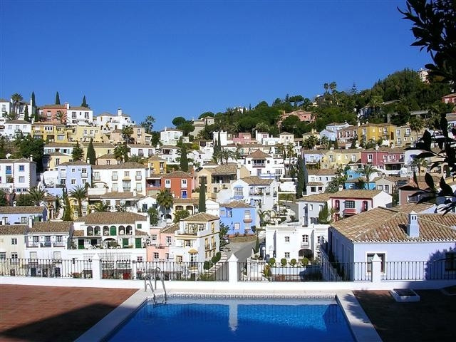 A beautiful property located off the prestigious Ronda Road located within a secure and safe Andaluc, Spain