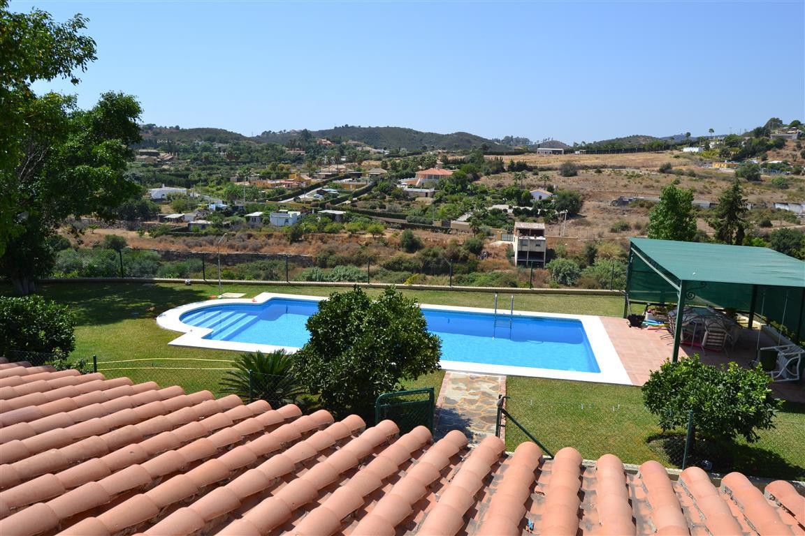 A private finca on a substancially sized plot of land extending to some 4000m2 with the most stunnin,Spain