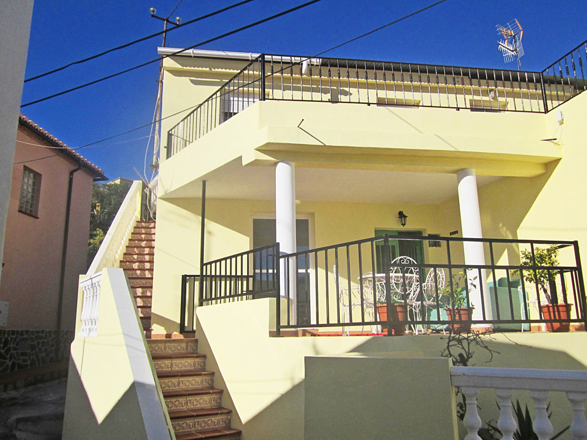 Large house/2 apartments near Almunecar  Large detached house with 2 floors which is currently divid,Spain