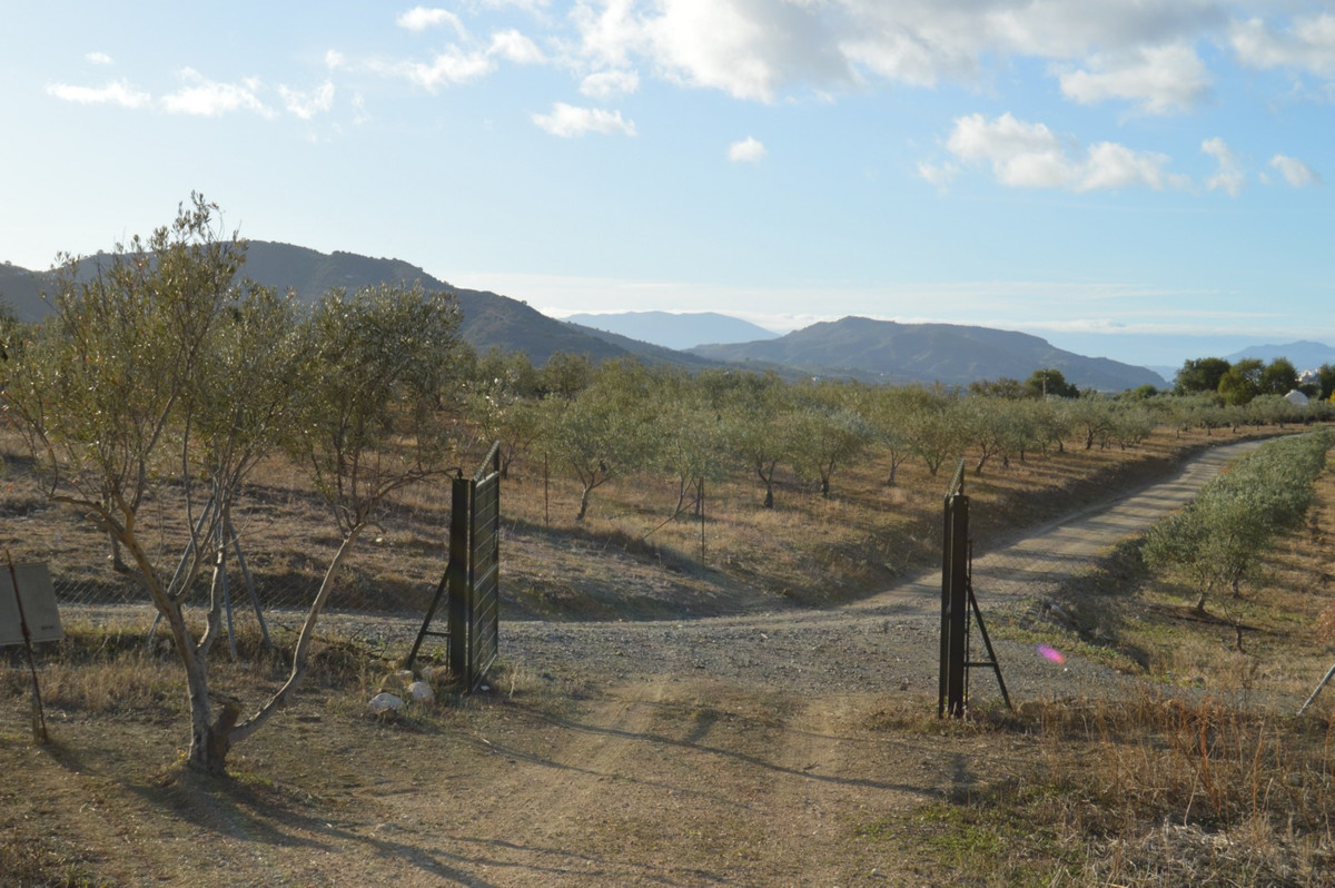 Plot Land in Alora, Costa del Sol