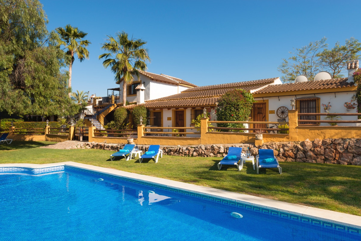 Large holiday park in Alhaurin el Grande.  This very beautiful and well maintained park with Spanish,Spain