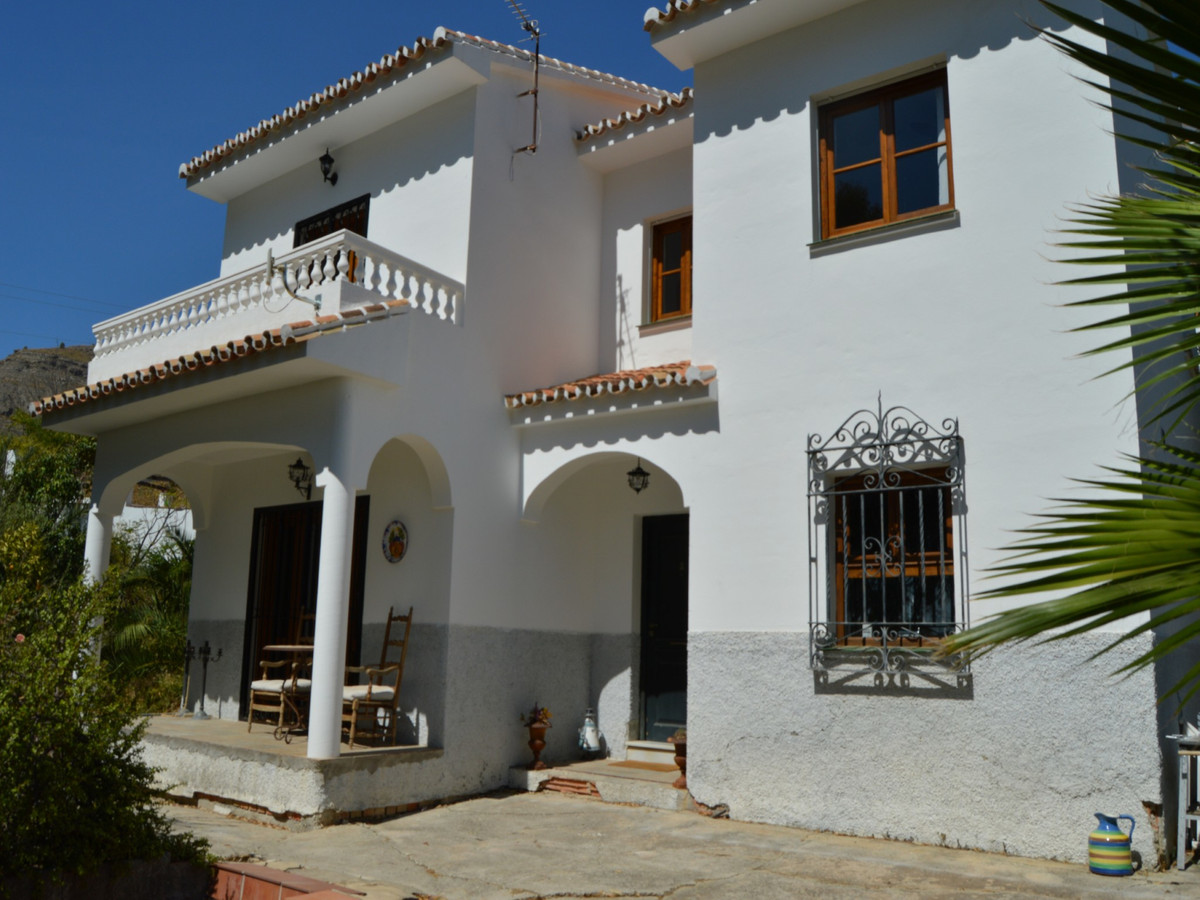 Large detached house on the edge of the Andalusian village of Alora.  This large mansion has been co, Spain