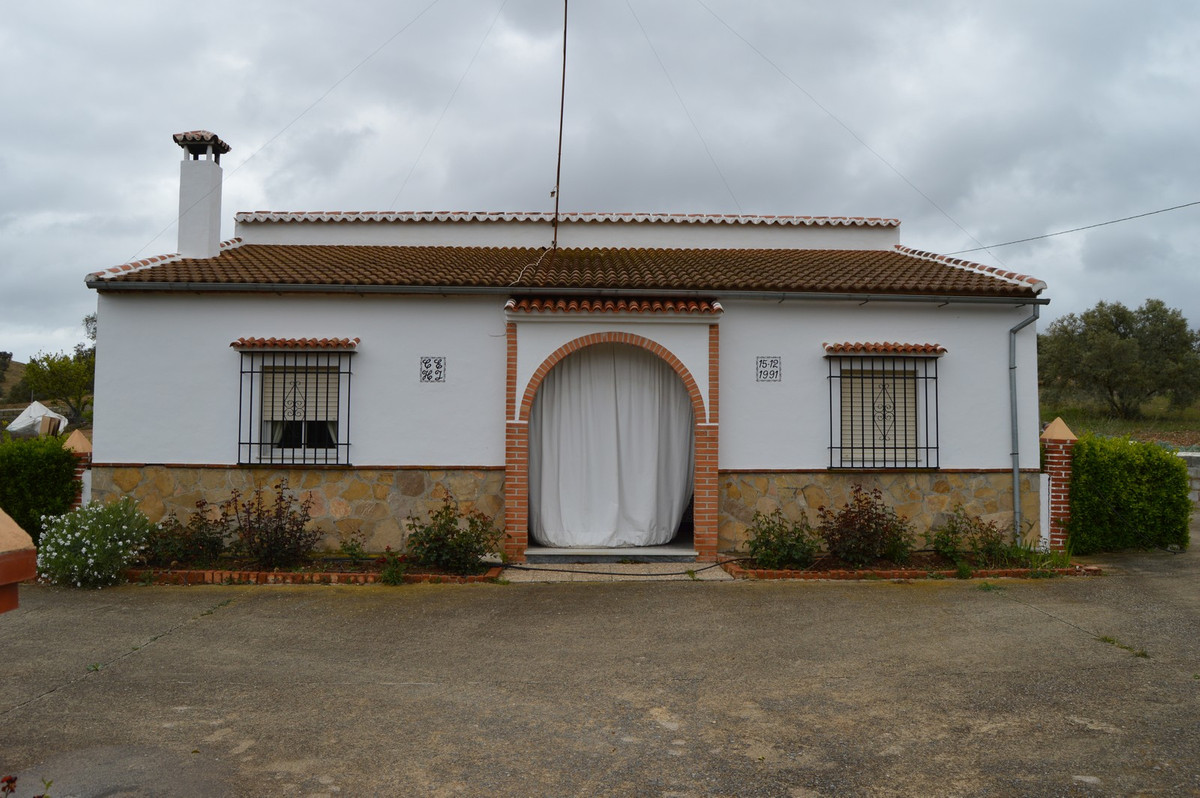 House in Antequera R3405532 3