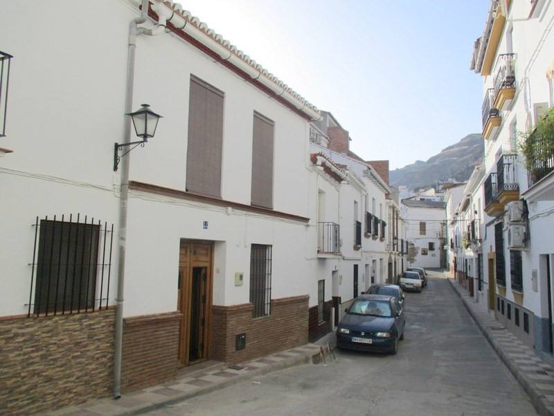 This 181m2, traditional village house is located in one of the most prestigious streets in the centr, Spain