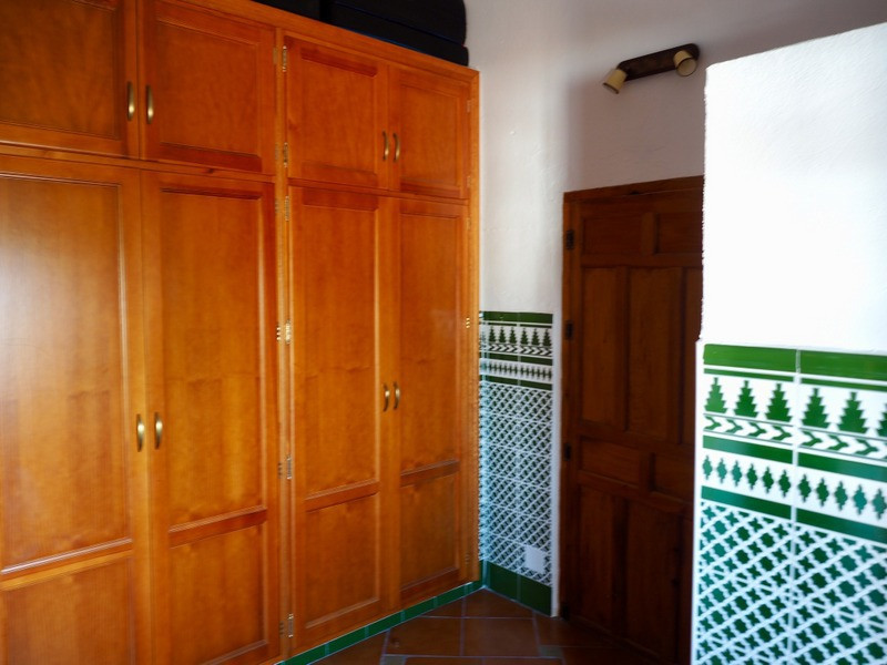 House in Alora R2953643 10