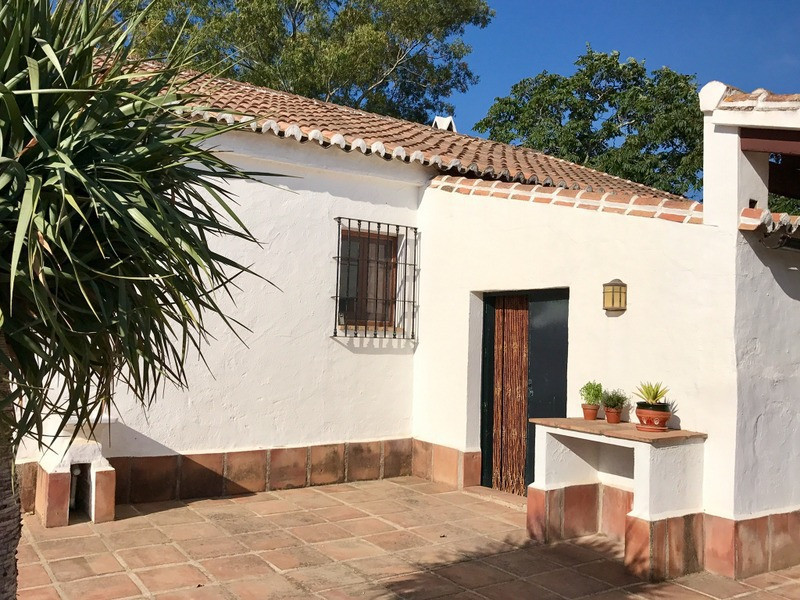 House in Alora R2953643 5
