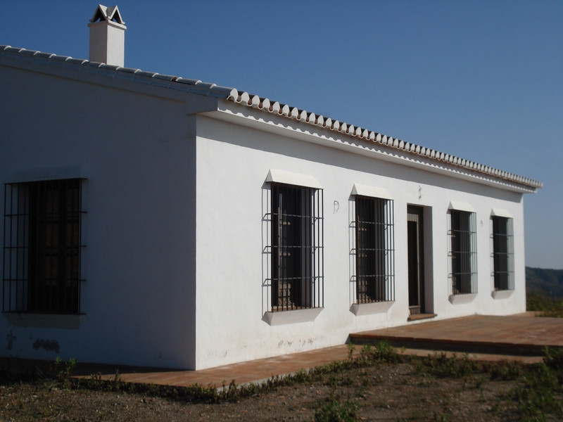 Beautiful villa located in a very quiet location near Alora, Andalucia.  A long but passable dirt ro,Spain