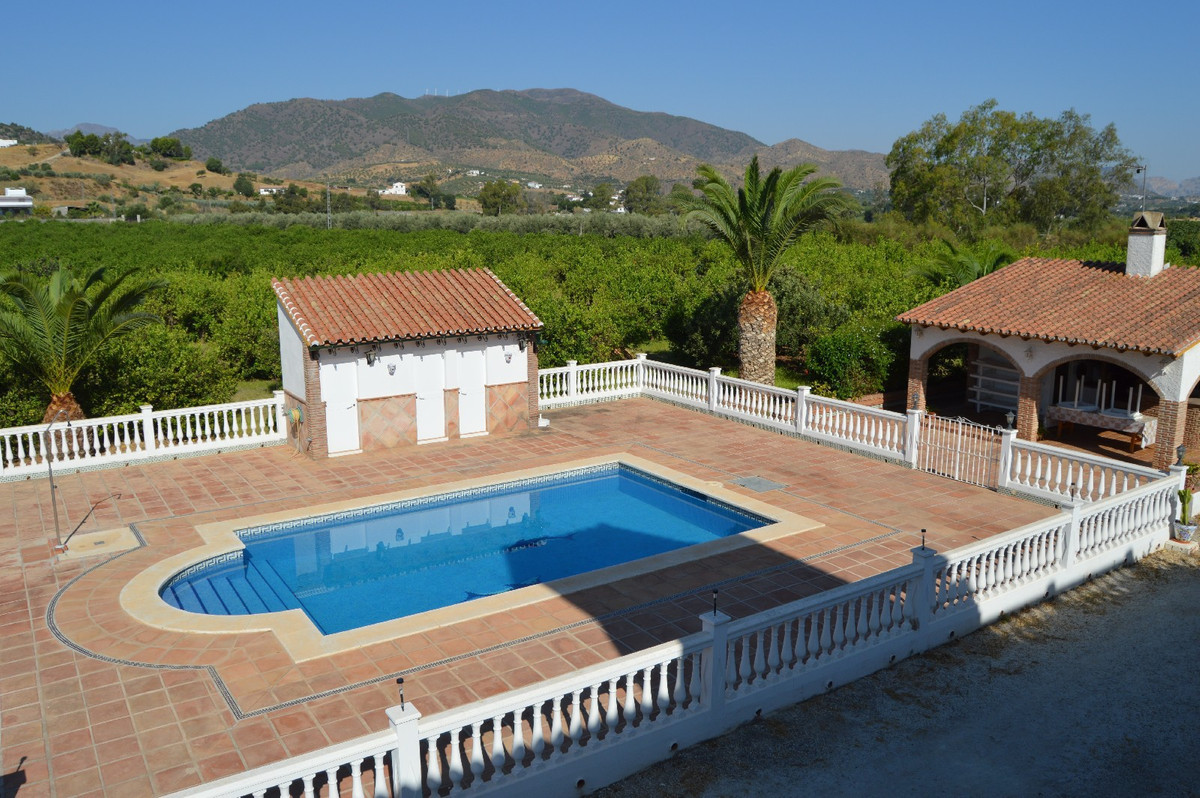 House in Alora R2963744 11