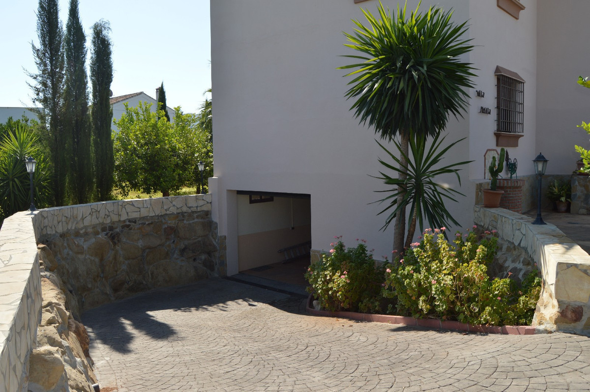 House in Alora R2963744 13