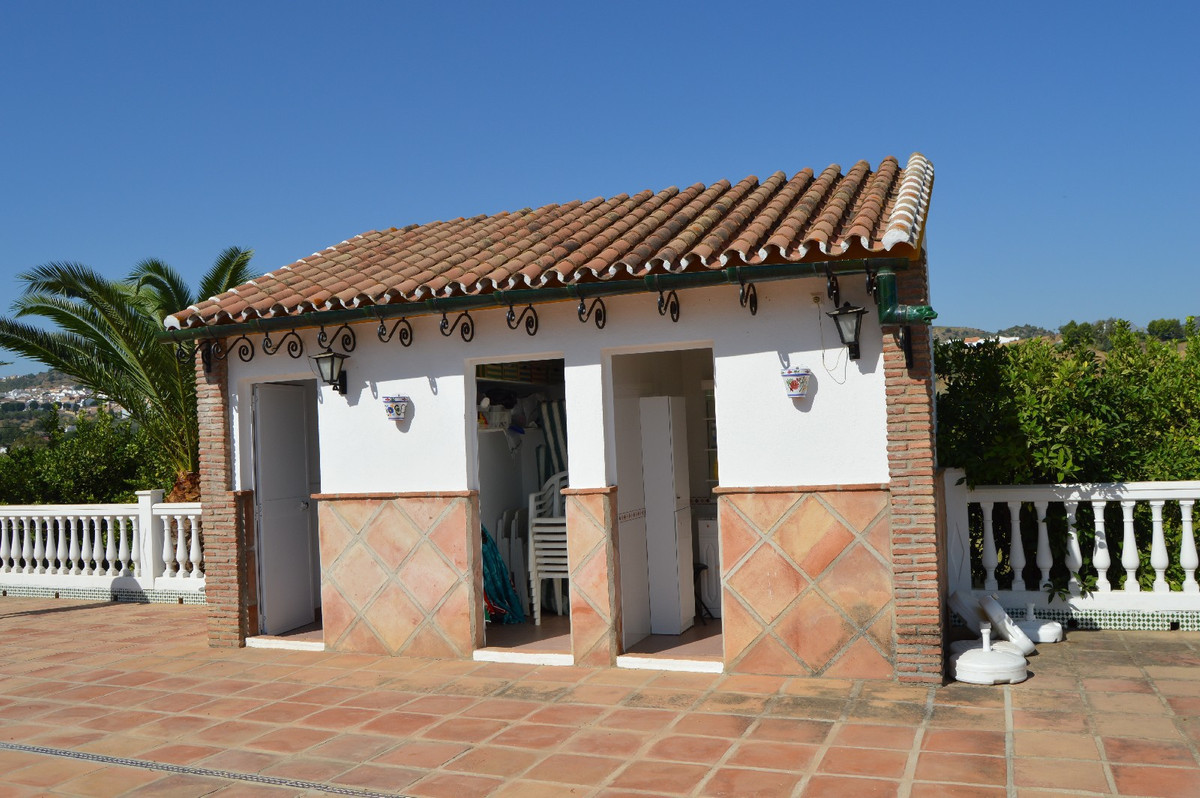 House in Alora R2963744 16