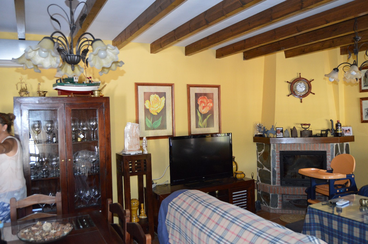 House in Alora R2963744 17