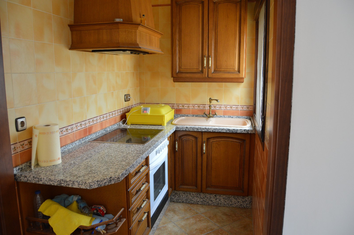 House in Alora R2664230 32
