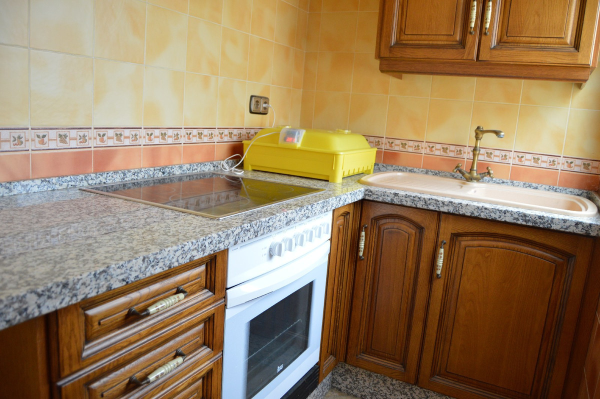 House in Alora R2664230 33