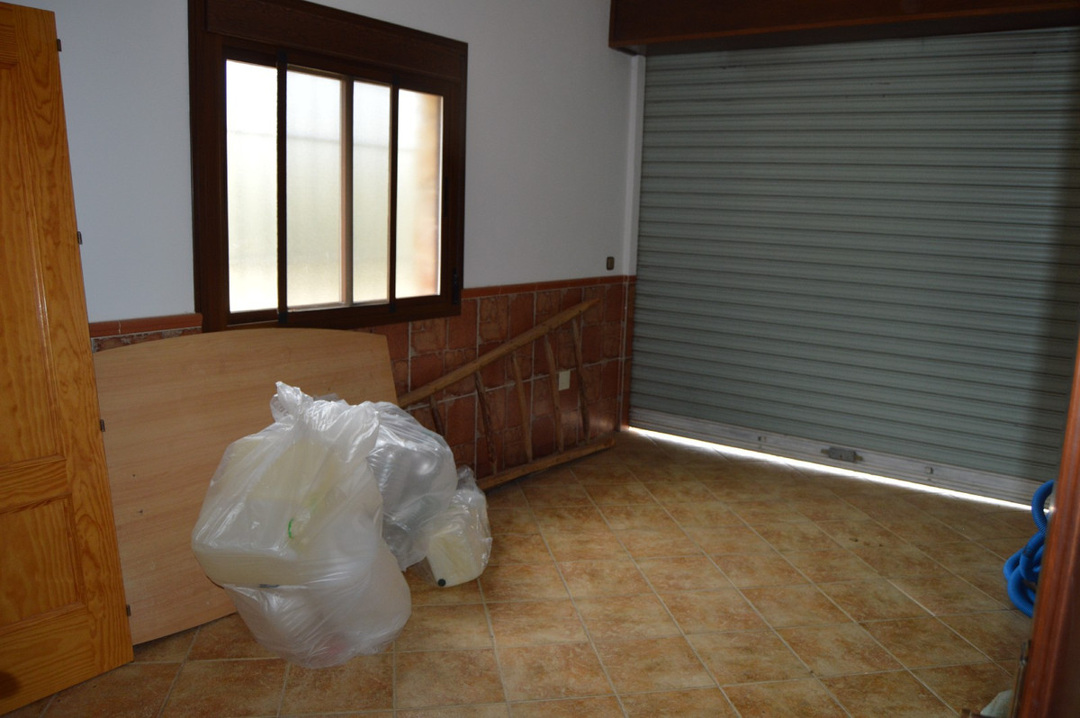 House in Alora R2664230 34