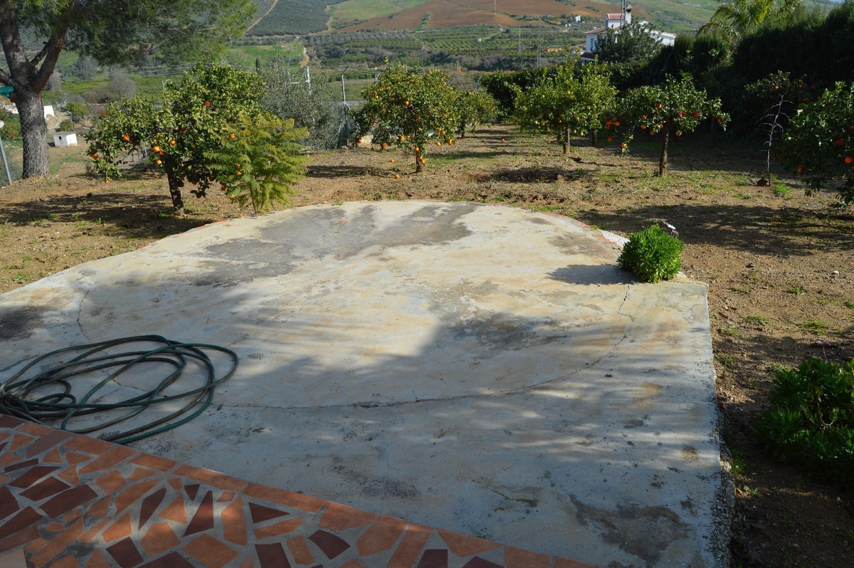 House in Alora R2831273 18