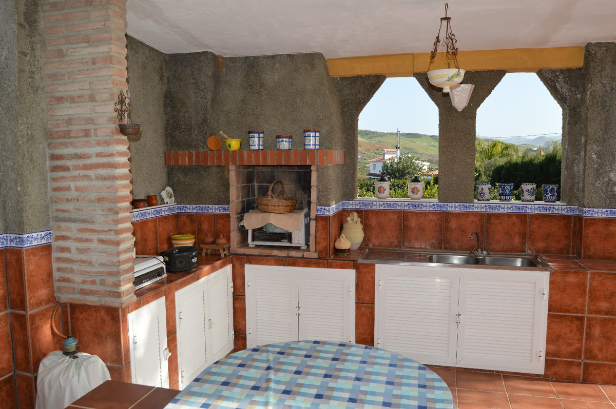 House in Alora R2831273 21