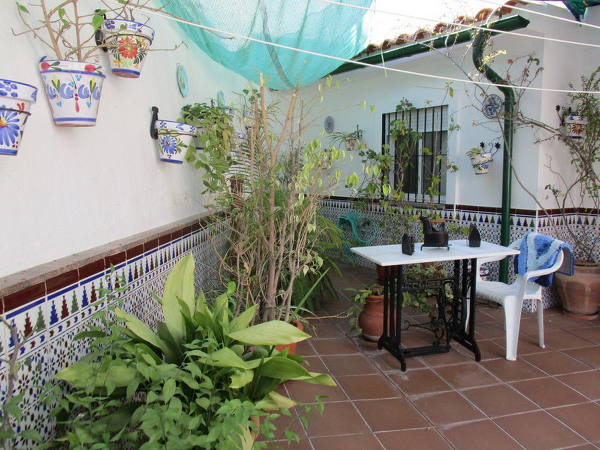 Middle Floor Apartment for sale in Alora