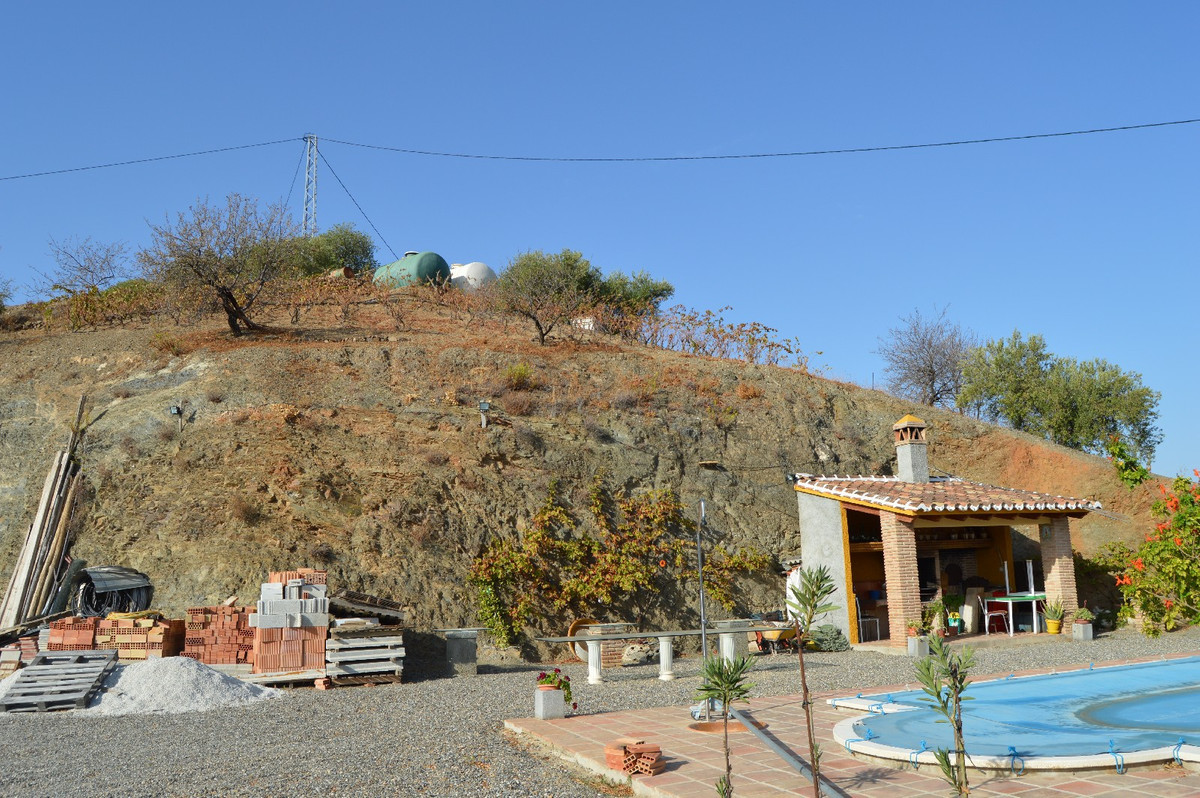 House in Alora R2792057 10