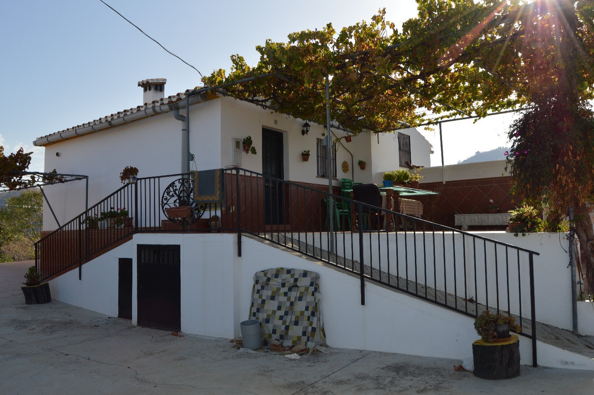 House in Alora R2792057 13
