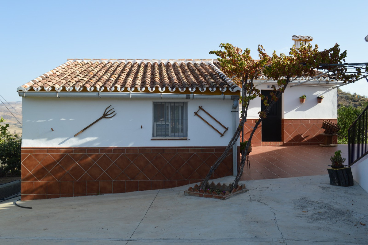House in Alora R2792057 14