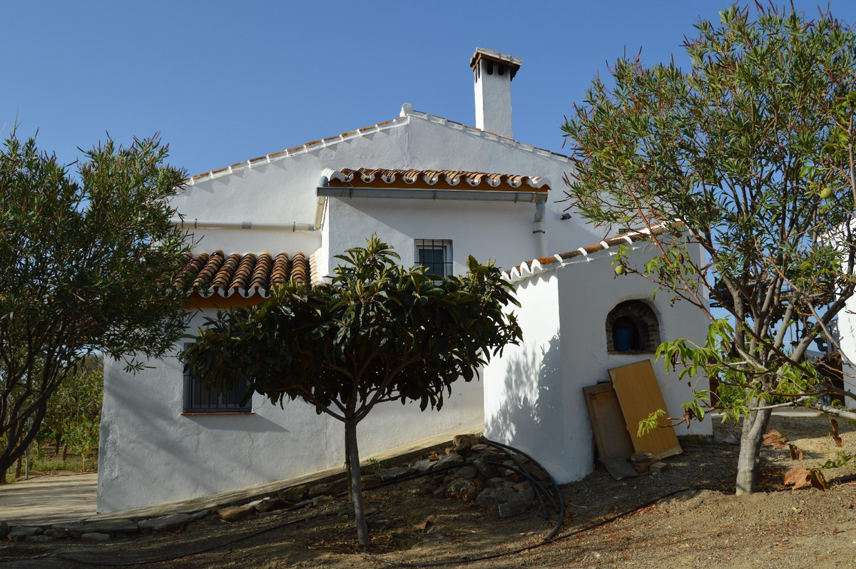 House in Alora R2792057 16