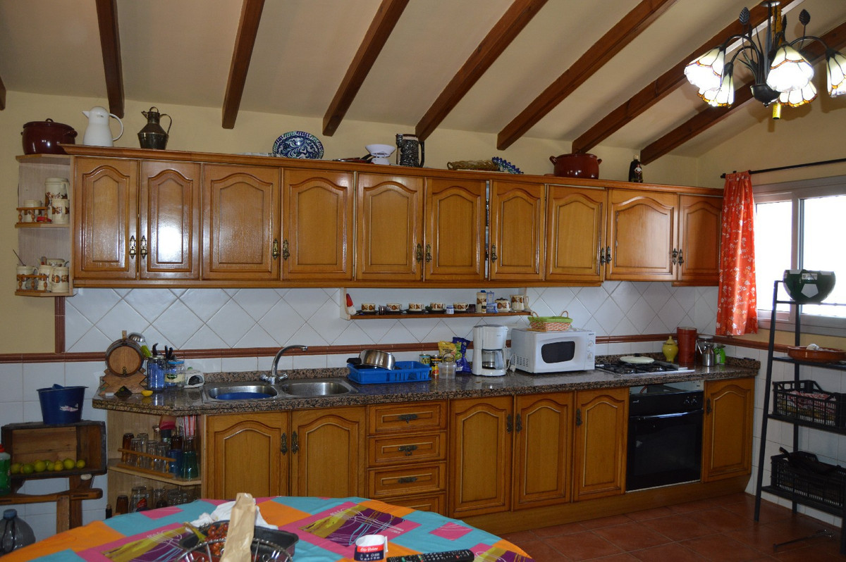 House in Alora R2792057 25