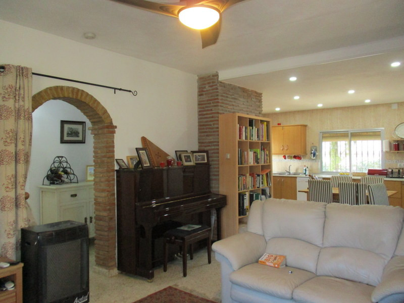 House in Alora R3109150 5