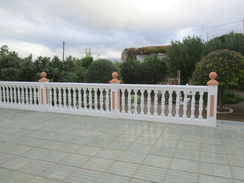 House in Alora R3321787 25
