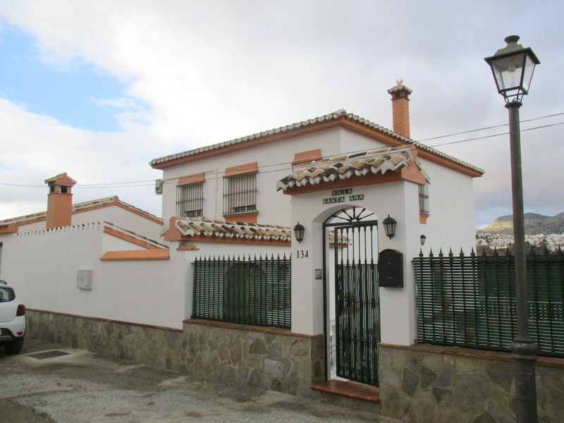 House in Alora R3321787 3