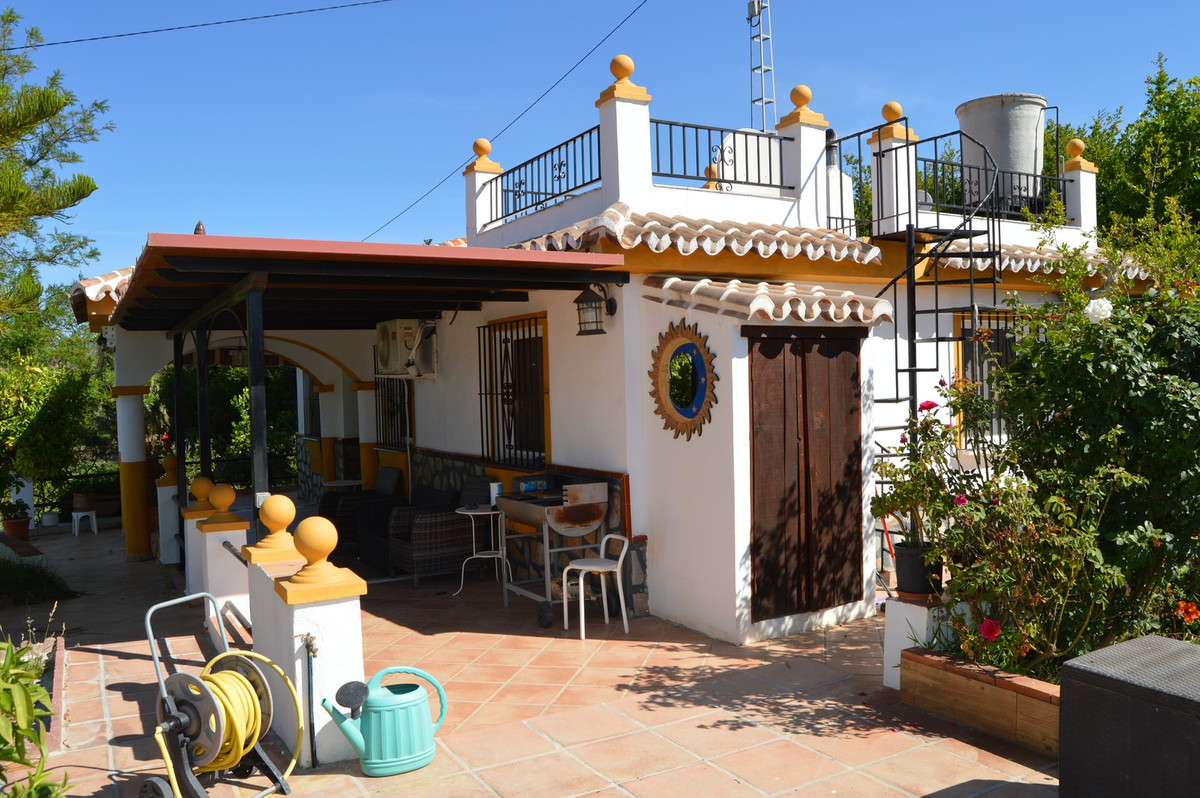House in Alora R3175363 3
