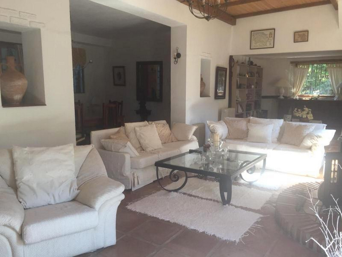 House in Alora R3403375 4